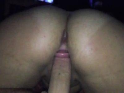 Bunduda fazendo sexo caseiro com o marido