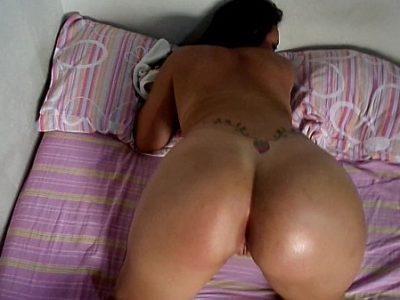Mulher gostosa top de academia mostrando sua boceta