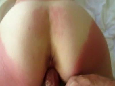 Amadora de bunda grande fazendo sexo anal com carinho